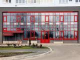 Аренда  офиса с отдельным  входом   Киев ,  м Осокорки  , пр. Бажана   ,  380 кв. м.  общей площади