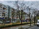 Аренда офиса , Киев пр. Голосеевский   150 кв. м. общей площади  , 1 этаж  фасад  большая витрина  п